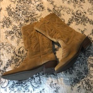 Roxy cowgirl boots